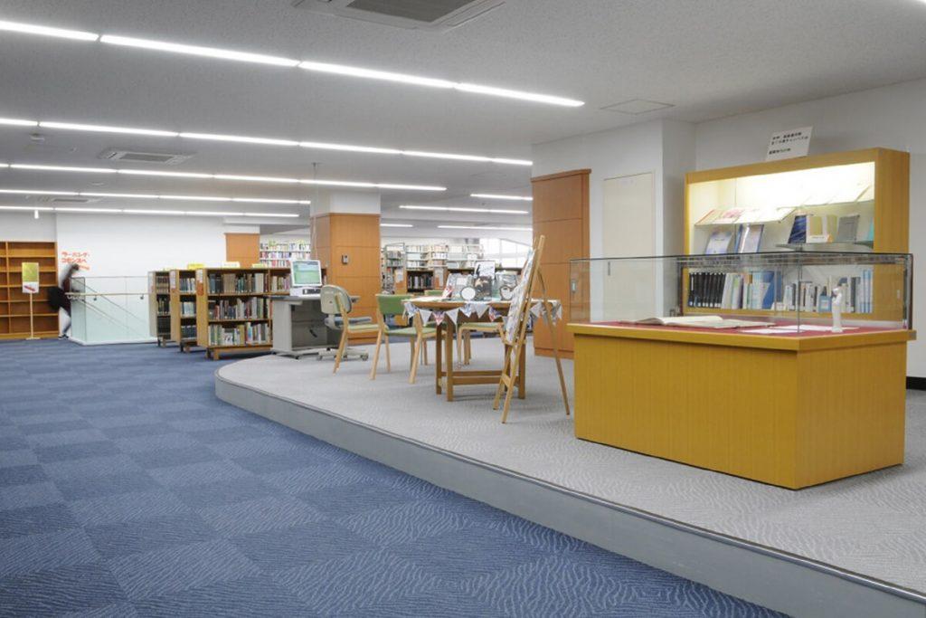 藤女子大学図書館
